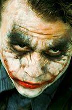 ''Mroczny rycerz powstaje'': Bane nie rywalizuje z Jokerem