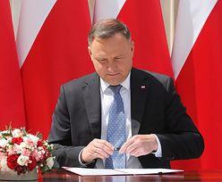 Andrzej Duda podpisał projekt zmiany konstytucji. Chodzi o adopcję przez pary jednopłciowe
