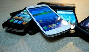 Amerykanie chowają w szufladach telefony za 34 mld dolarów