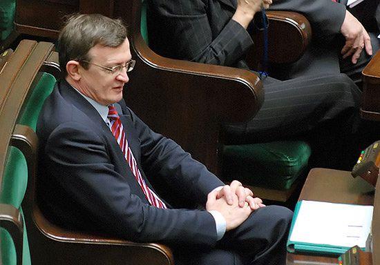 Cymański: premier udaje twardziela, a rząd wymięka