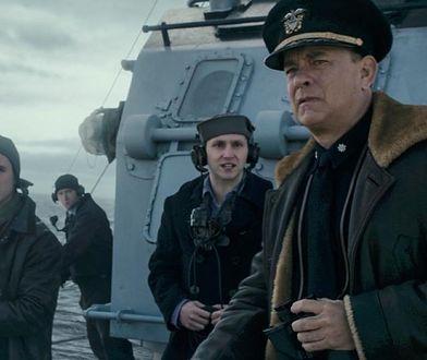 Tom Hanks wraca na wojnę. Tego hitu nie obejrzymy w kinach