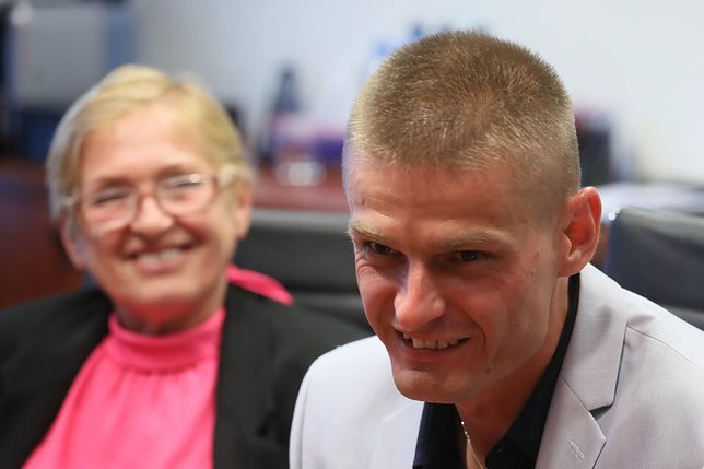 Tomasz Komenda z mamą po uniewinnieniu w maju 2018 r.