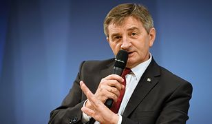 Marek Kuchciński wydał kontrowersyjne rozporządzenie dotyczące broni dla Straży Marszałkowskiej