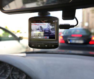 Kilka lat temu kierowcy namiętnie kupowali urządzenia GPS. Teraz na topie są rejestratory jazdy