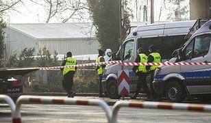 Sprawcy włamania ostrzelali antyterrorystów bronią maszynową