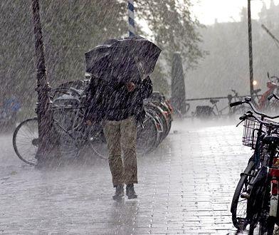 W Bieszczadach i Beskidzie Niskim może spaść 40 l/mkw deszczu