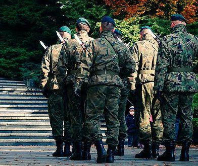 Rodziny żołnierzy, którzy w odstępie jednego dnia popełnili samobójstwo, zostały objęte wsparciem psychologów