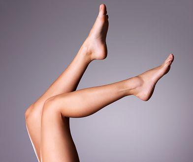 Nogi bez nieestetycznie wyglądających krost do marzenie wielu kobiet