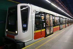 Nietypowa sytuacja w metrze? Pomogą zwykli pasażerowie