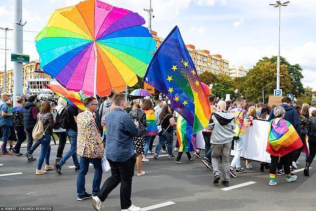 Parada Równości w Warszawie już  w sobotę 19 czerwca. Imprezie towarzyszyć będzie wiele dodatkowych atrakcji, między innymi Bieg Równości, organizowany przez Homokomando