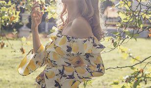 Perfumy na lato. Jak wybrać odpowiedni zapach na letnie upały? Zapoznaj się ze wskazówkami