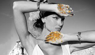 Maxima od marki AVON – kobieca siła zamknięta w luksusowym flakonie