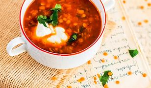Zupa z soczewicą i suszonymi pomidorami