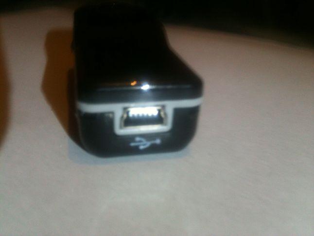 Port mini USB