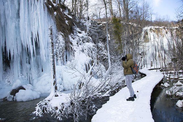 Chorwacja – Jeziora Plitwickie w zimowej odsłonie