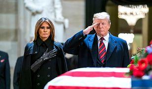 Donald i Melania Trump na Kapitolu oddali hołd zmarłemu zmarłemu prezydentowi