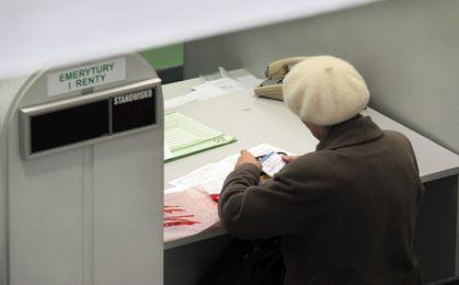 PiS po wyroku TK: jeśli przejmiemy władzę, obniżymy wiek emerytalny