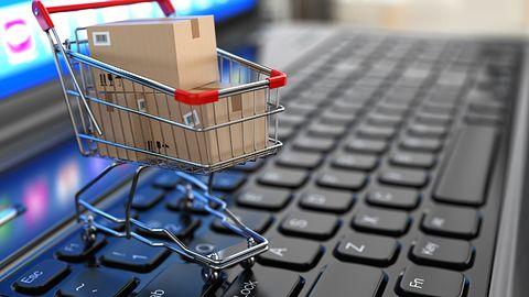 Polacy zainteresowani e-zakupami za granicą. W odpowiedzi Allegro z InPostem wprowadzają darmowe zwroty
