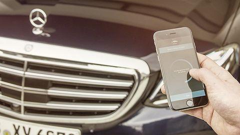 Mercedes Me: sprawdziliśmy aplikację do zdalnego parkowania auta