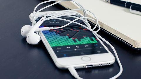 iPhone i iPad: sposób by zawsze mieć miejsce na muzykę i zdjęcia