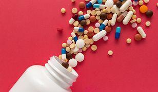 Tabletki na cellulit to jeden z popularniejszych sposobów walki z pomarańczową skórką.