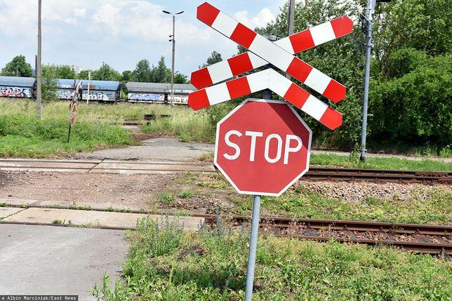 Małopolskie. Wjechała wprost pod nadjeżdżający pociąg
