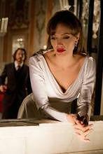 ''Maleficent'': Angelinie Jolie wyrosną rogi