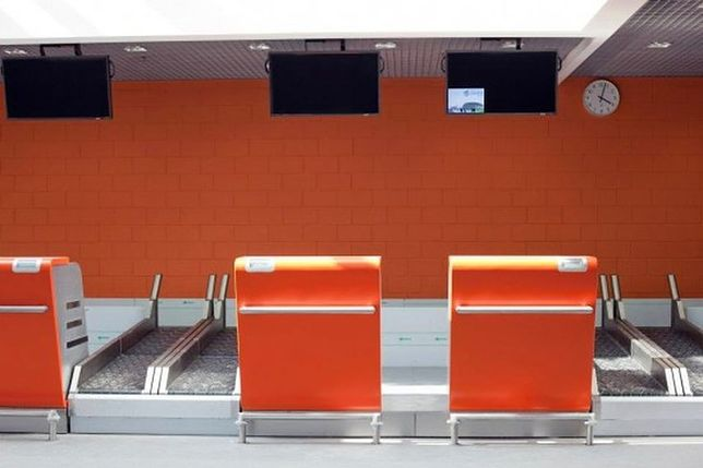 Lotnisko w Modlinie: pijany wywołał alarm bombowy. Grozi mu 8 lat więzienia