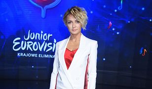Eurowizja dla Dzieci. Eliminacje: Ania Wyszkoni w za dużym garniturze