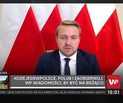 """""""Pokazuje, jaką jest niedorosłą osobą"""". Jacek Ozdoba o decyzji Rafała Trzaskowskiego"""