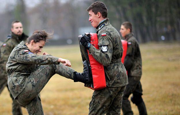 Ministerstwo Obrony Narodowej: będą bezpłatne szkolenia z technik samoobrony dla kobiet