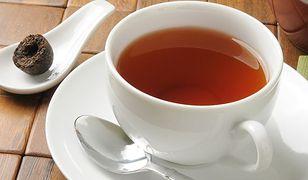Czerwona herbata - pomoże w odchudzaniu, zneutralizuje kaca