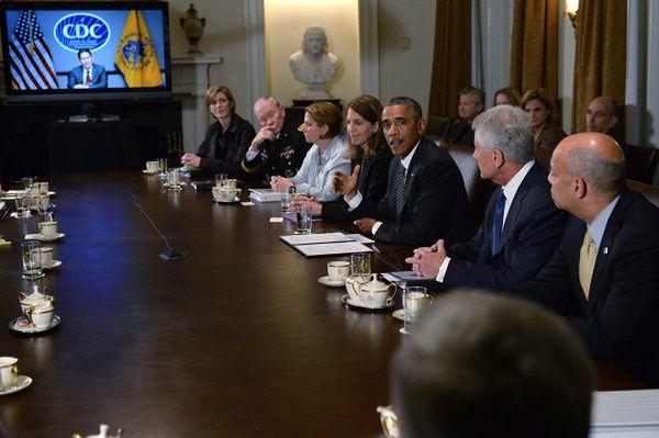 Przedstawiciele administracji Obamy odpowiadają na pytania kongresmenów ws. walki z ebolą