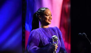 Rihanna rozgrzewa swoich fanów. Wygląda zjawiskowo