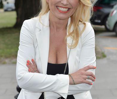 Anna Jurksztowicz kusi dekoltem na swojej imprezie