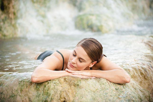 Uzdrawiająca kąpiel w źródłach termalnych
