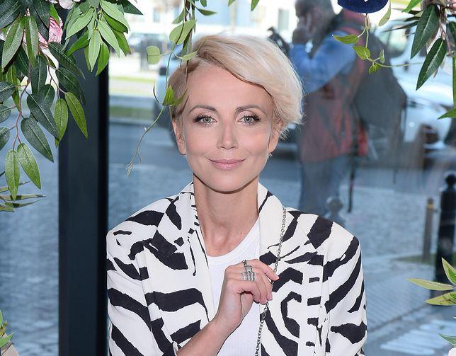 Katarzyna Zielińska jak zwykle z dystansem. Pokazała swoją stylizację