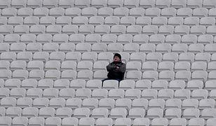 """""""Podobnie jak możliwe jest poczucie odizolowania i samotności pośrodku tłumu, tak też można spędzić mnóstwo czasów w odosobnieniu, lecz nie odczuwać samotności"""" - pisze Kevin Vost"""