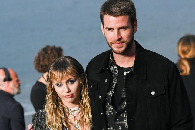 Miley Cyrus i Liam Hemsworth się rozstali. Piosenkarka widziana z kobietą