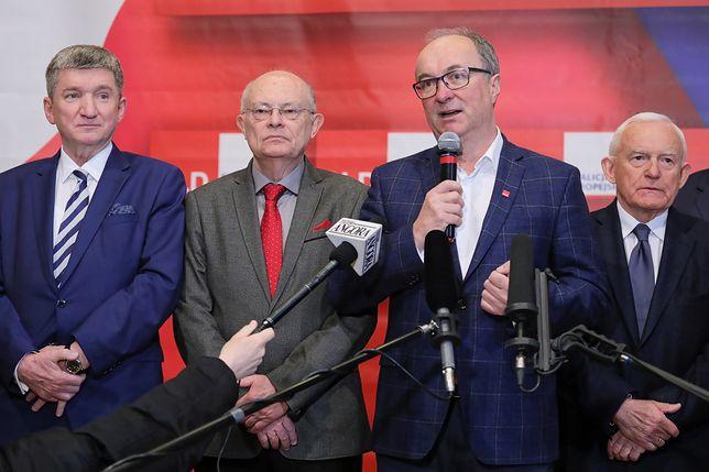 20-lecie SLD. Od lewej: Jerzy Wenderlich, Marek Borowski, Włodzimierz Czarzasty, Leszek Miller