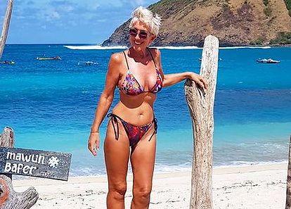 63-letnia modelka zachwyca figurą. Ćwiczyć zaczęła dopiero po 30-tce