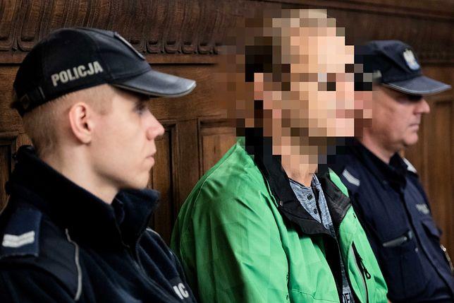Katowice. Roman S. (były zomowiec) na sali sądowej