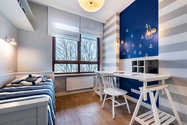 Pomysł na pokój dla chłopca można zaczerpnąć ze stylu marynistycznego, który sprawdza się niezależnie od wieku dziecka