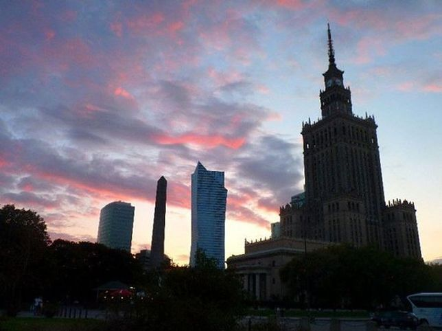 Podręcznik zamieszkiwania w Warszawie. Lektura obowiązkowa