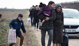 Syryjscy uchodźcy próbują przekroczyć granicę Turcji z Grecją
