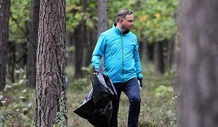 Prezydent Andrzej Duda sprzątał las w Puszczy Białej