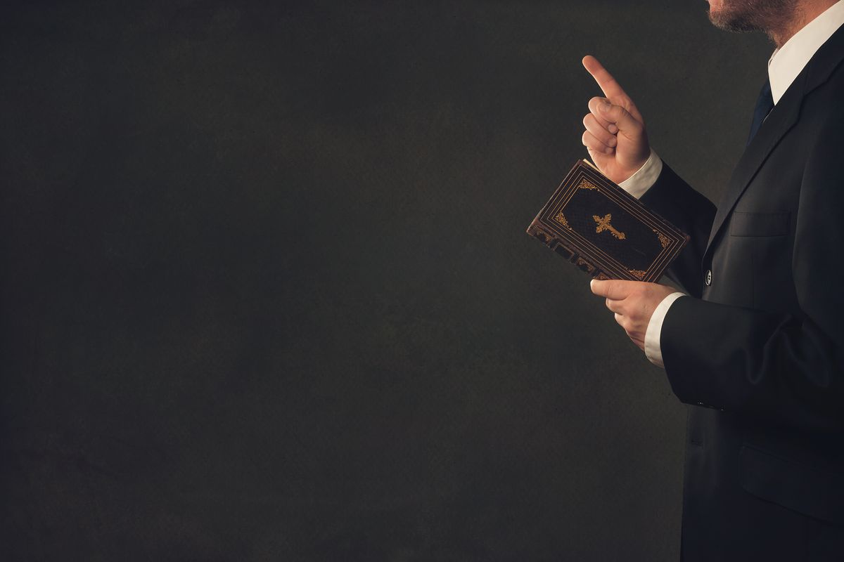 """Makowski: """"Kościół albo nihilizm? Lepiej, gdy politycy nie udają teologów"""" [OPINIA]"""