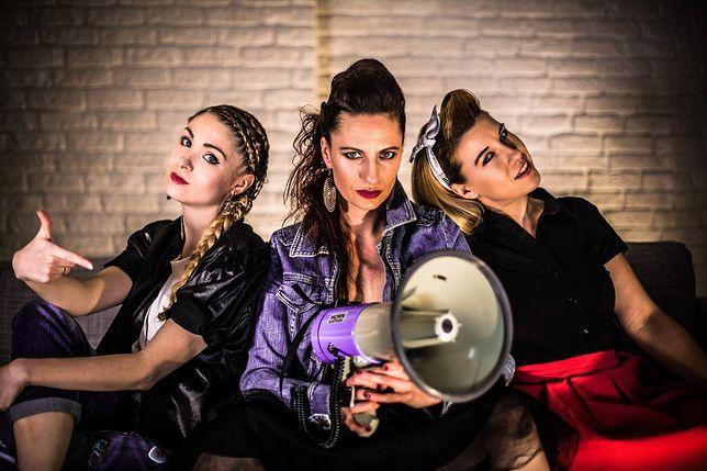 Girls on Fire - ich piosenka wywołała kontrowersje i doprowadziła do zwolnienia z TVP Piotra Pałki