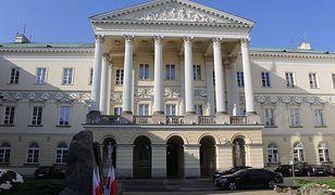 Urzędnicy stołecznego ratusza stawią się przed komisją weryfikacyjną