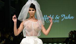 Micaela Schaefer pokazała biust w sukni ślubnej!